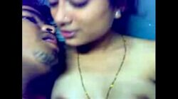 Hot Mallu Aunty With Brother in Law – XVIDEOS